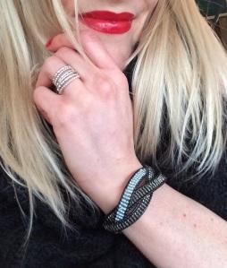 Armband aus Perlen DIY