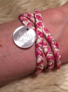 Armband selber flechten aus 5 Strängen